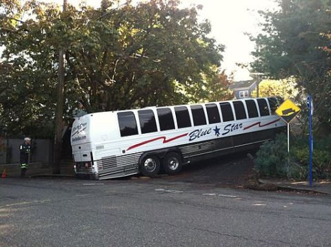 By Sam Beebe (Bus driving fail in northwest) [CC-BY-2.0 (http://creativecommons.org/licenses/by/2.0)], via Wikimedia Commons